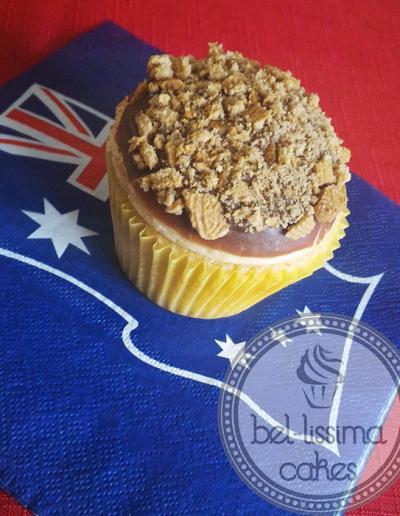 Golden Gaytime cupcake